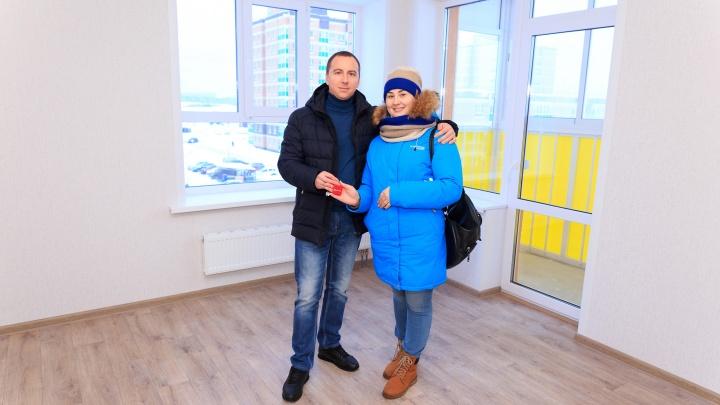 Очередное новоселье в «Иве»: дольщики получили квартиры на год раньше срока