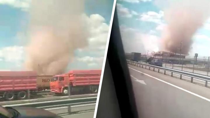 В Ростовской области сняли смерч на трассе М-4 «Дон»