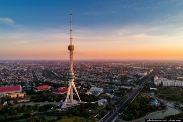Ташкент — крупнейший город Центральной Азии. Численность населения столицы Узбекистана — больше 2,5 млн человек. Первое упоминание о Ташкенте датируется вторым веком до нашей эры