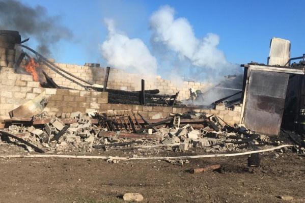 Общежитие сгорело полностью