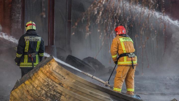 «Окурок прилетел»: в Ленинском районе загорелась квартира