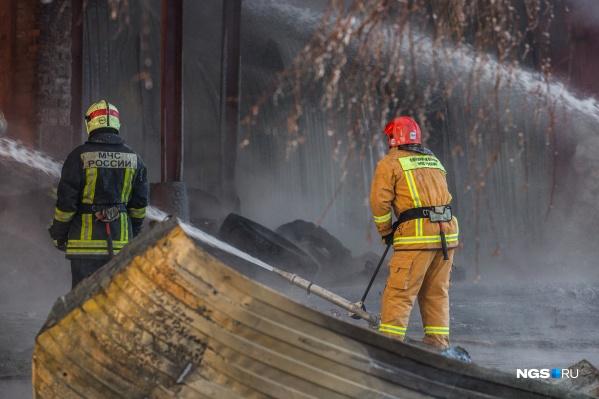 По предварительной информации, в пожаре никто не пострадал
