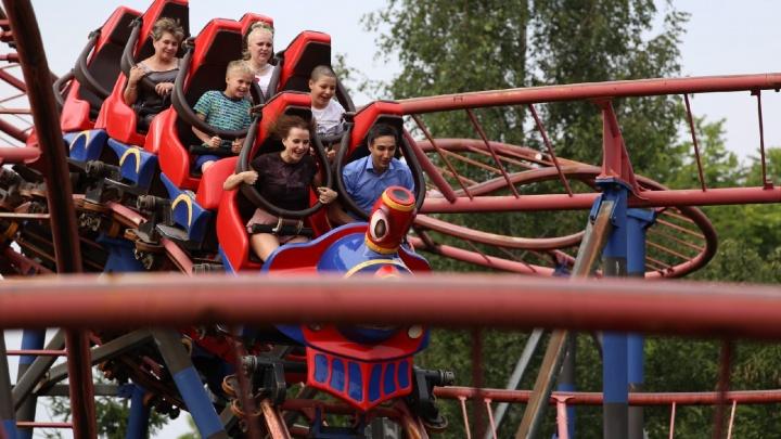 В Ярославле открыли аттракционы: что творится в парках развлечений