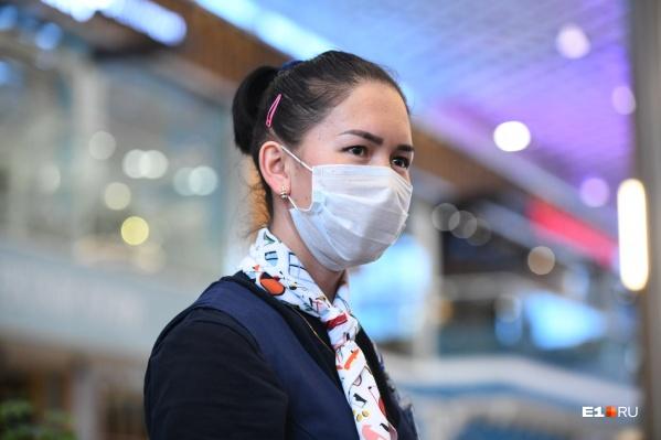 В общественные места без масок всё ещё нельзя
