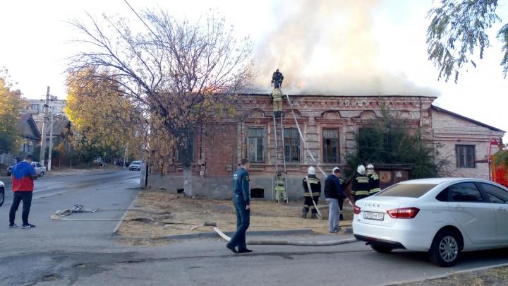 В Ворошиловском районе Волгограда сгорел дом-памятник