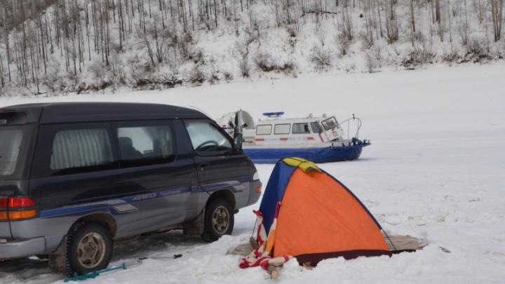 Все праздничные выходные на Красноярском водохранилище будут искать нарушителей