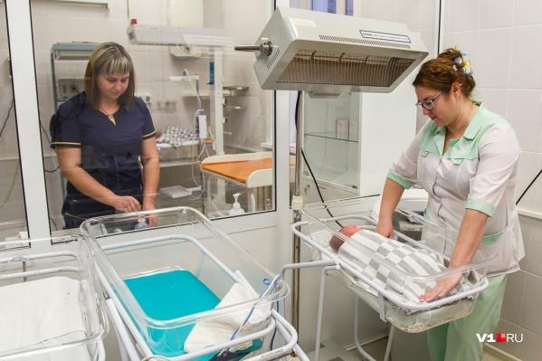 15-летняя девочка стала мамой в первый раз