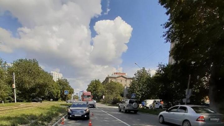 В Ленинском районе «Ниссан» сбил 9-летнюю девочку