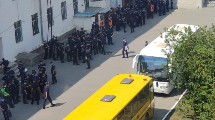 Военная прокуратура (не) рассказала о том, что происходит в ЧВВАКУШе после вспышки COVID-19