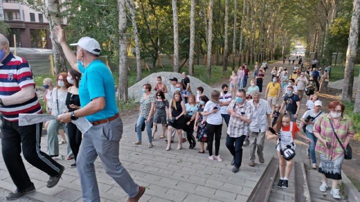 «На администрацию можно только давить»: в парке XXII Партсъезда собрались защитники зелёной зоны