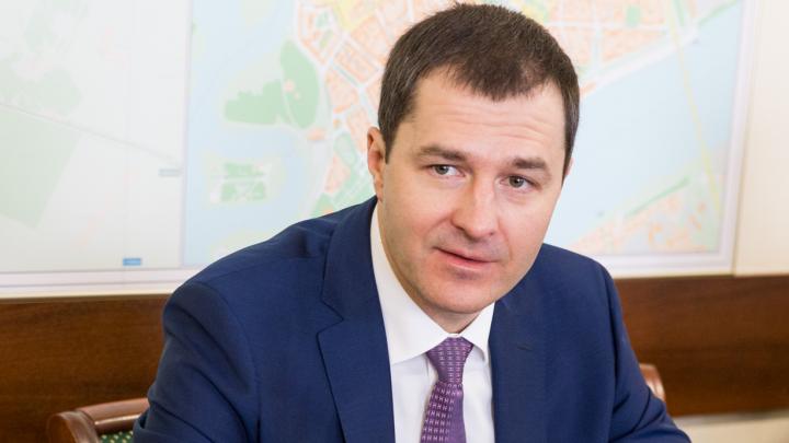 Сотрудники мэрии решили поделиться с врачами своими зарплатами: реакция ярославцев