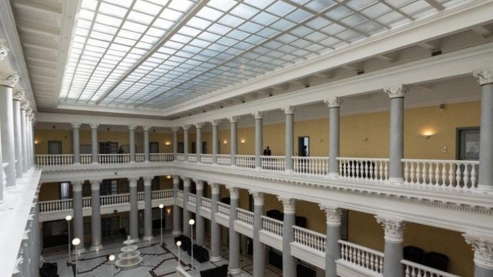 «Это — негативные ожидания»: бизнес Волгограда хранит в банках в 5,5 раза меньше денег, чем жители