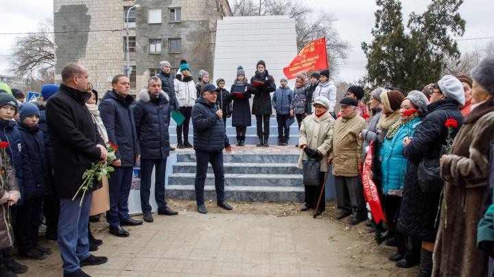 «Тому, что мы видим, суждено было случиться»: в Волгограде снова рушится братская могила защитников Сталинграда
