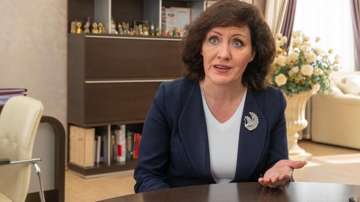 «Если у ребенка симптомы — сидите дома»: глава департамента образования Перми обратилась к родителям школьников