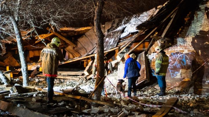 Обрушение складов на проспекте Маркса: кратко для тех, кто всё пропустил