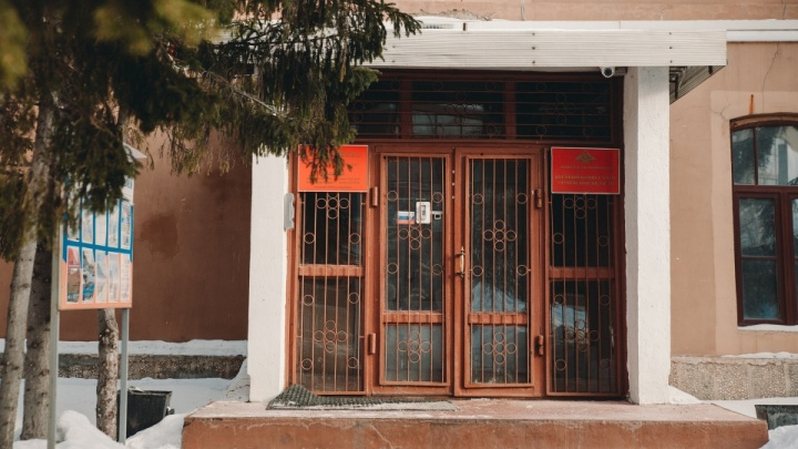 Родители призывников сообщили о ковиде в тюменском областном военкомате