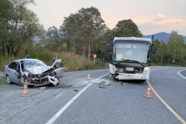 В результате аварии пострадал один человек