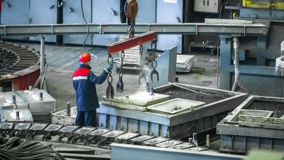 В Зауралье промышленники из-за нехватки кадров хотят привлекать работников из других субъектов