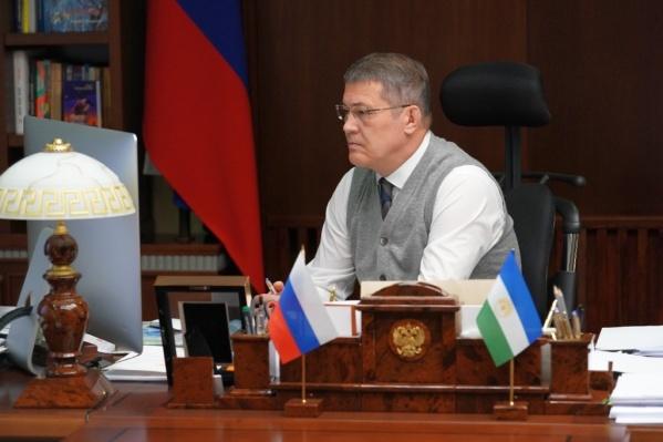 Хабиров внес изменения в указ