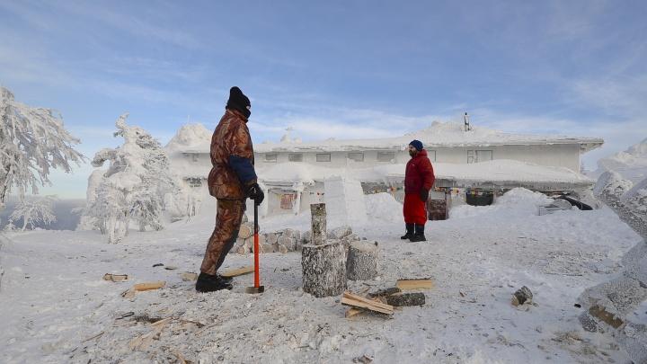 Уральские буддисты отказались съезжать с горы Качканар и разорвали договор с «Евразом»