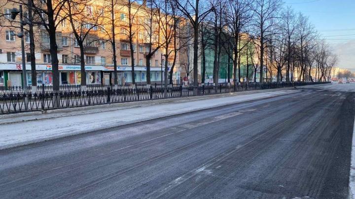 Снимают верхний слой асфальта: в Перми начался ремонт Комсомольского проспекта