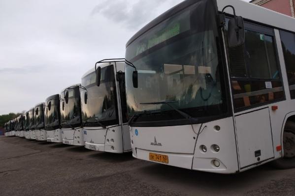 Автобусы транспортного предприятия работают в штатном режиме