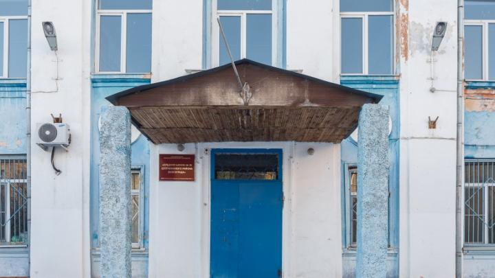 Без ремонта уже 70 лет: администрация Волгограда обещает восстановить забытую школу