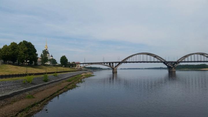 Рыбинская ГЭС увеличила сбросы воды: людей предупредили, где может затопить
