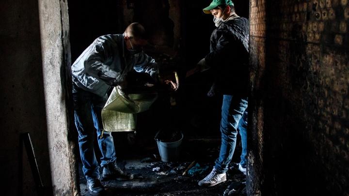Брат выбежал, а она не смогла: под Волгоградом заживо сгорела женщина