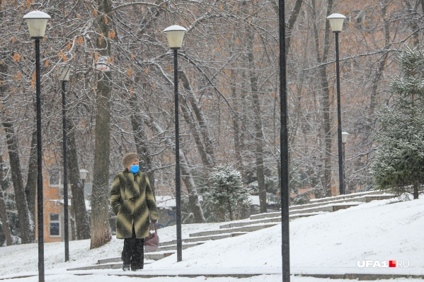 По словам Максима Забелина, опасность в холода остается такой же, как и в теплое время года