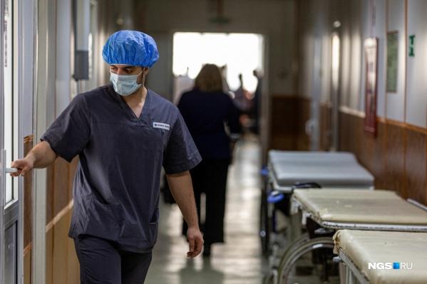 Полностью поправились после коронавируса 389 пациентов