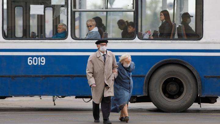 Власти Кузбасса объяснили, почему отменили льготный проезд для пенсионеров