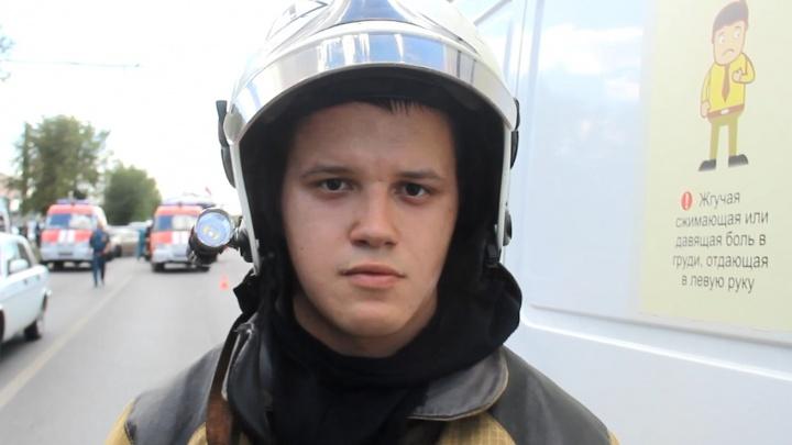 «Сильно разлетелись осколки, много дыма было»: спасатель рассказал о взрыве на волгоградской АЗС