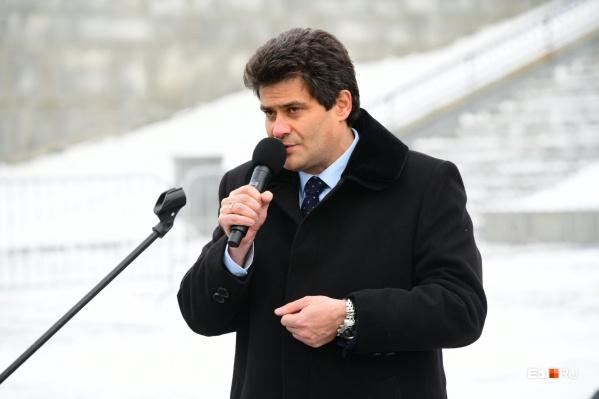 Мэр подтвердил: ледового городка на площади не будет