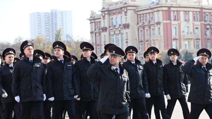 В Ростове отменили парад ко Дню полиции