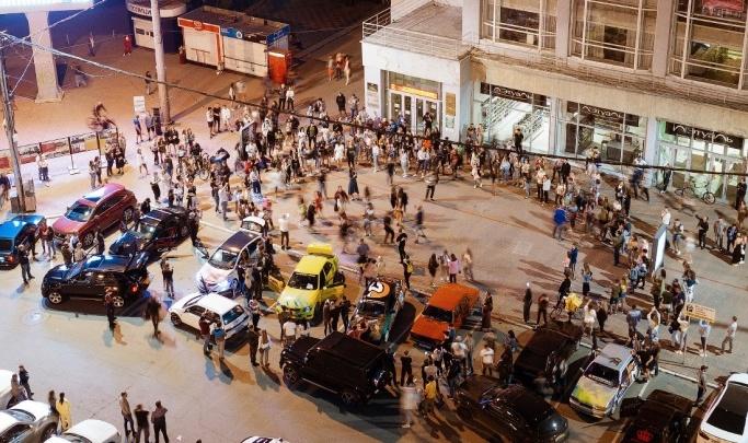 Арендатор площадки у гостиницы «Центральная», где прошла скандальная вечеринка, нарушал договор аренды