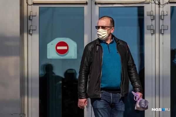 В Красноярском крае продолжают фиксировать новые случаи заражения COVID-19