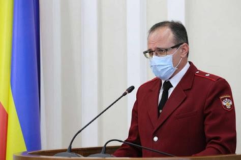 Евгений Ковалев отметил, что в области на коронавирус нужно проверять врачей