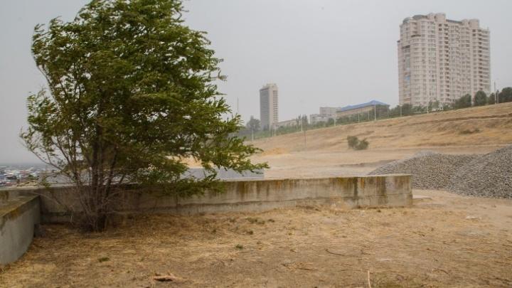 В Волгоградской области из-за разгула стихии МЧС объявило экстренное предупреждение