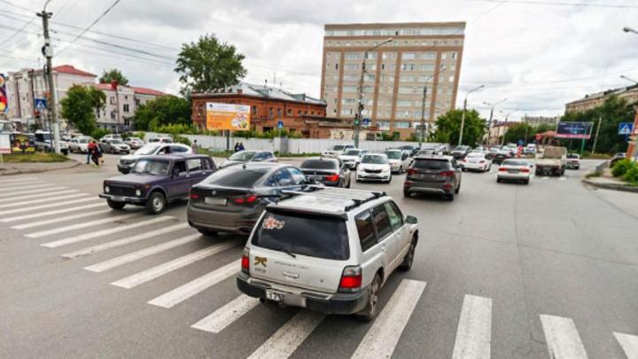 Улица Фрунзе станет четырёхполосной на перекрёстке с Гусарова