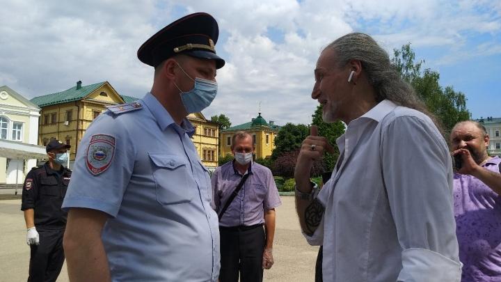 Свято место пусто не бывает: в Дивеево вслед за Волочковой задержали Джигурду