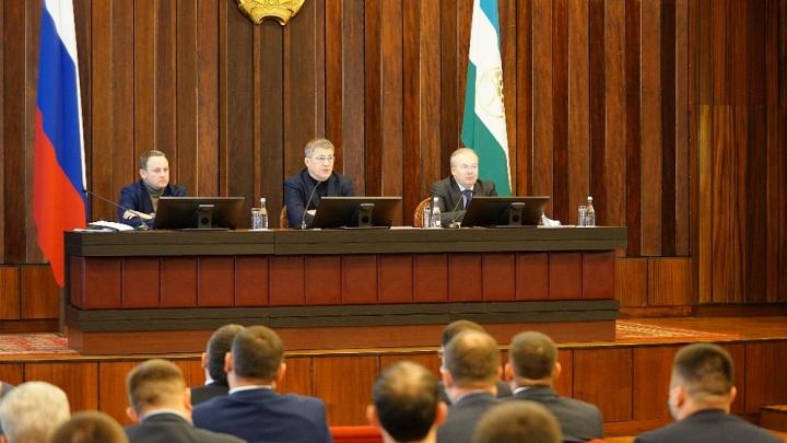 Глава Башкирии обсудил с правительством планы на 2021год