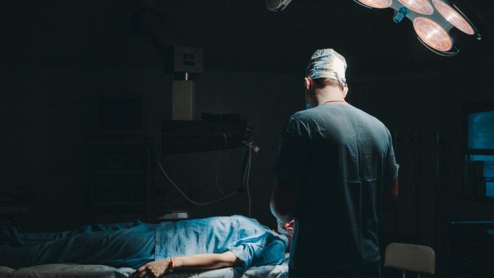 «Хочу избавиться от чертовой ноши»: откровенная колонка тюменки об уменьшении груди