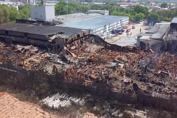 Вот как выглядит территория складов после пожара