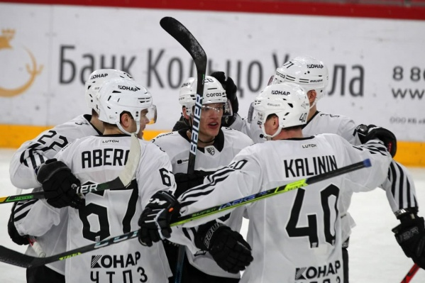 Сегодня черно-белые играли в Екатеринбурге