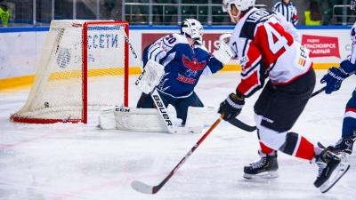 Хоккеисты новокузнецкого «Металлурга» заболели коронавирусом