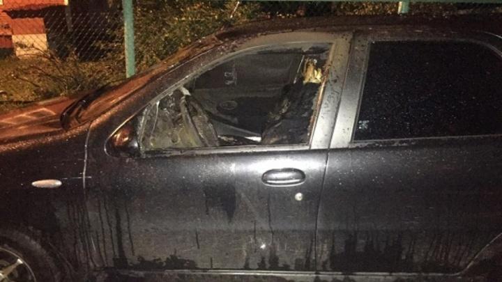 За ночь в Архангельской области сгорело два автомобиля. Задержан подозреваемый в поджоге