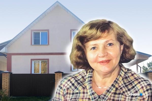 Той ночью Людмила Кайгородова находилась в доме одна — накануне супруг уехал на охоту, он планировал вернуться в субботу, но задержался