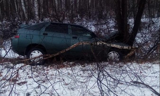 Не справились с управлением: в Зауралье несколько водителей слетели с дороги