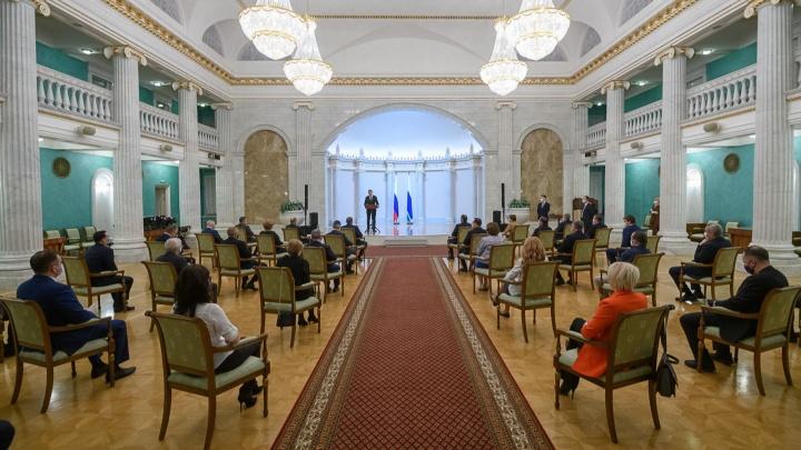 Уральские медики получили грамоты от Путина за борьбу с коронавирусом